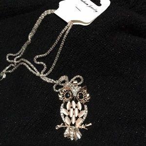 New Owl Pendant Fashion Rhinestones/Opal Necklace
